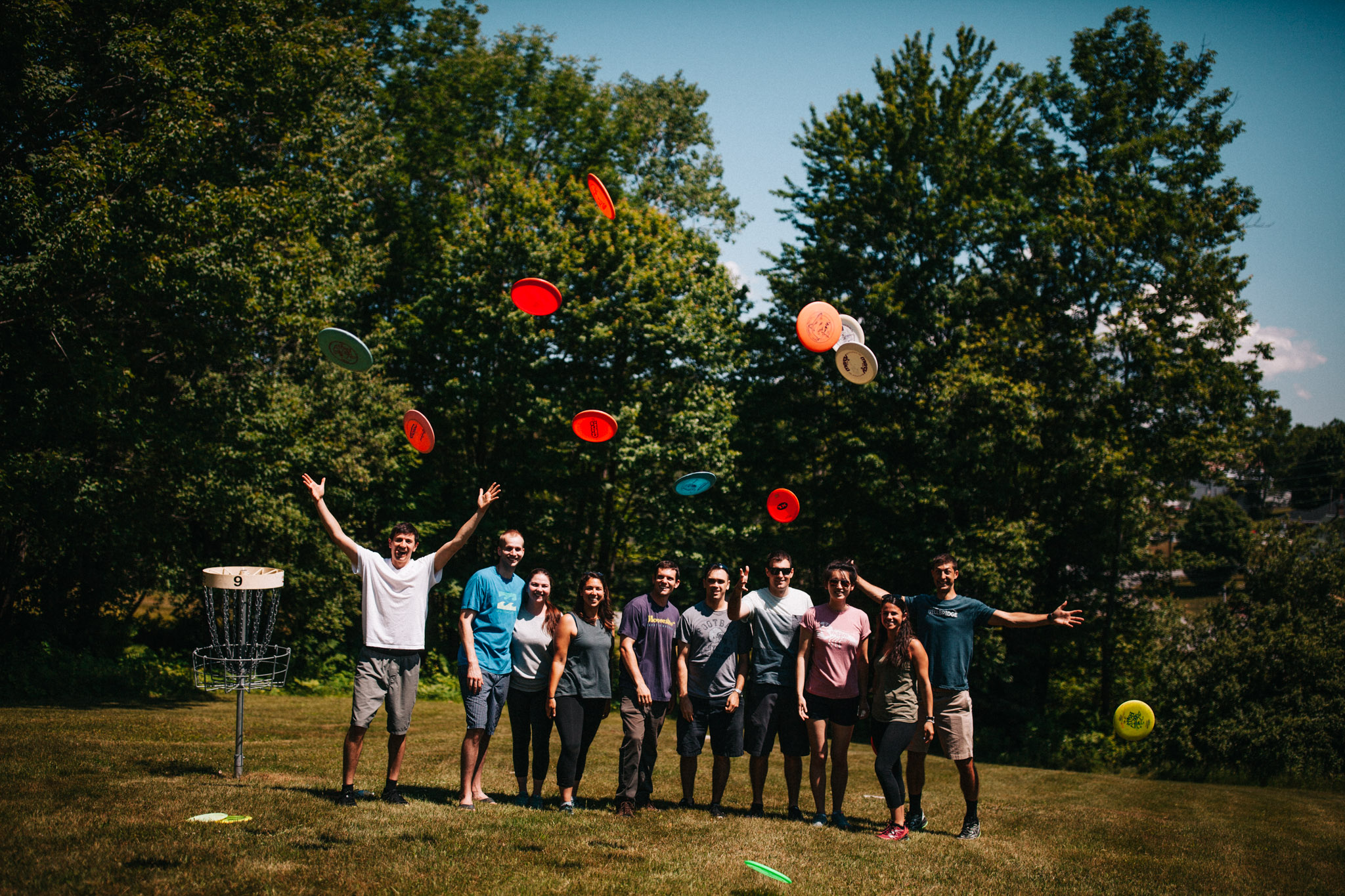 they really like frisbee.